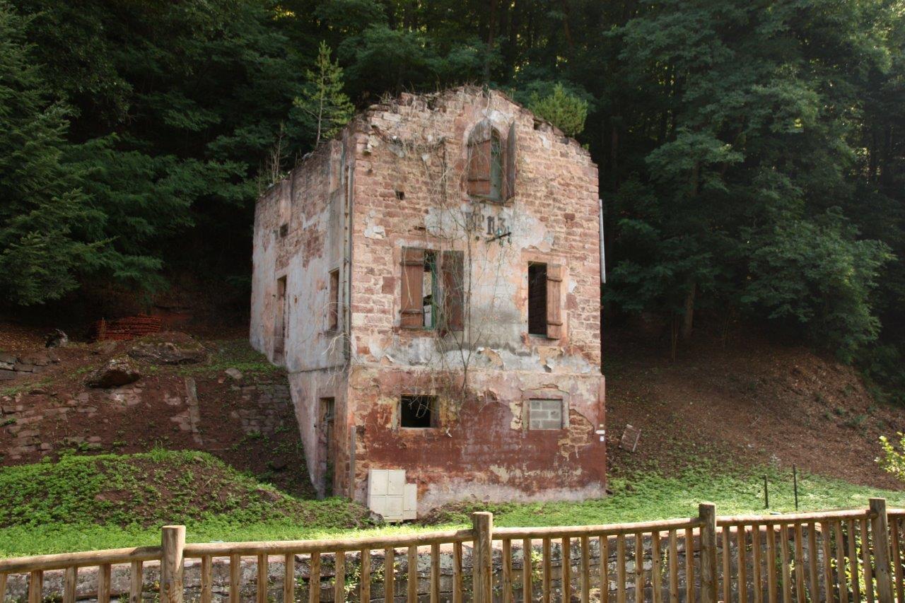 Ancienne maison éclusière 13 dans la vallée des éclusiers