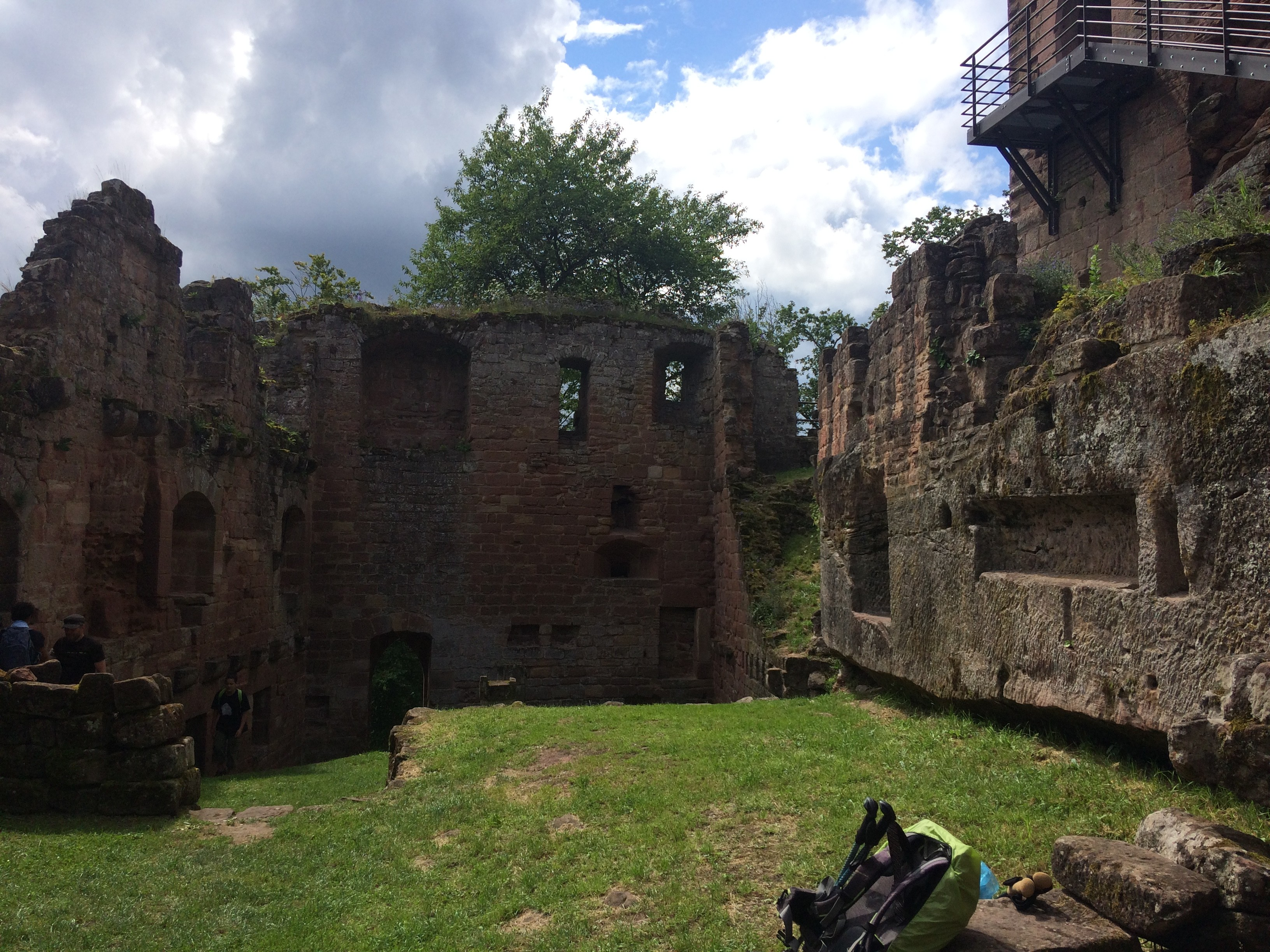 Vue intérieure ruine nouveau Windstein